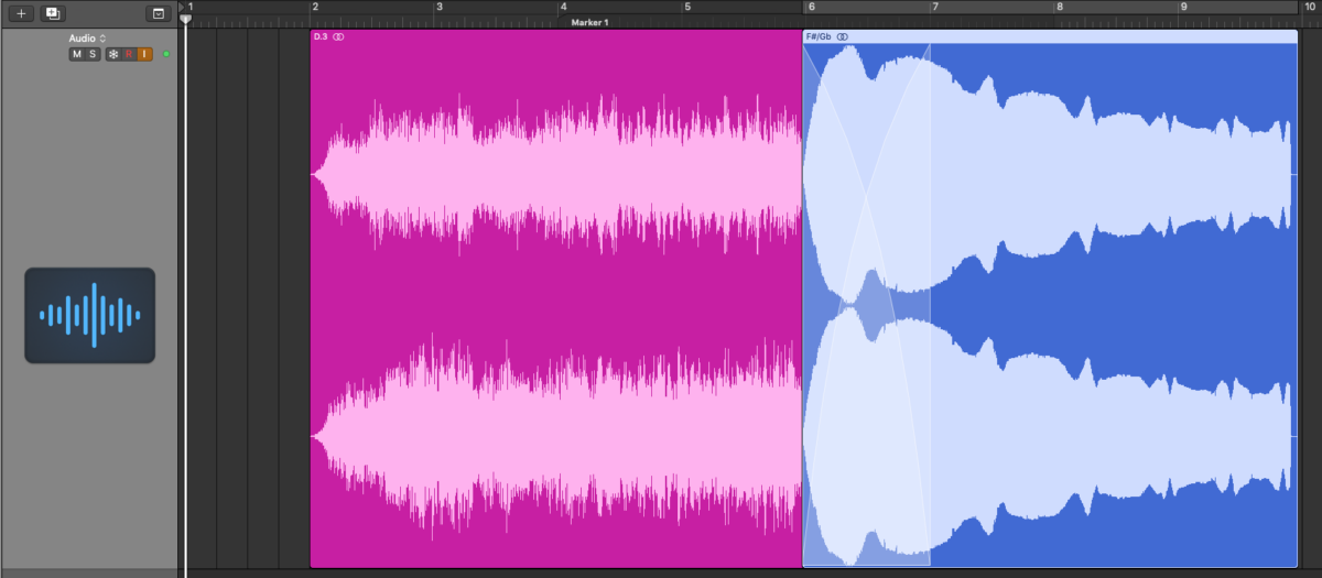 Cross Fade of Two Audio Clips in Logic